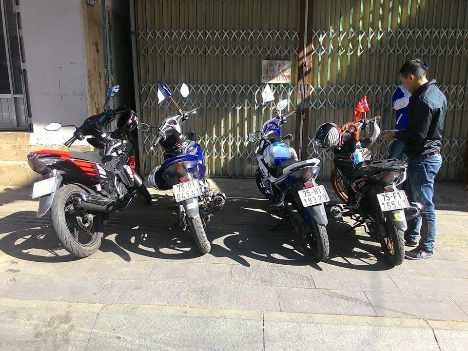 Phượt Làng Vân với xe máy