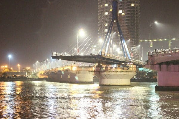 Lịch quay của Cầu Sông Hàn Đà Nẵng