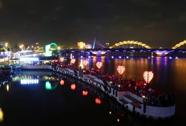 8 min - Cầu Khóa Tình Yêu Đà Nẵng: Cây Cầu Lãng Mạn Nhất Việt Nam