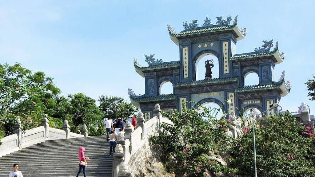 Cổng chùa linh ứng đà nẵng