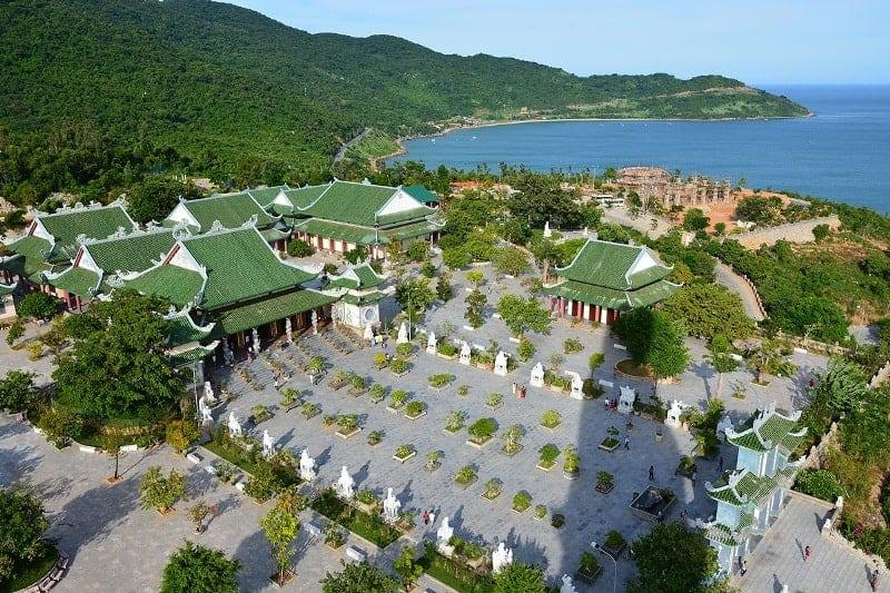 Chùa Linh Ứng Bãi Bụt - Bán đảo Sơn Trà